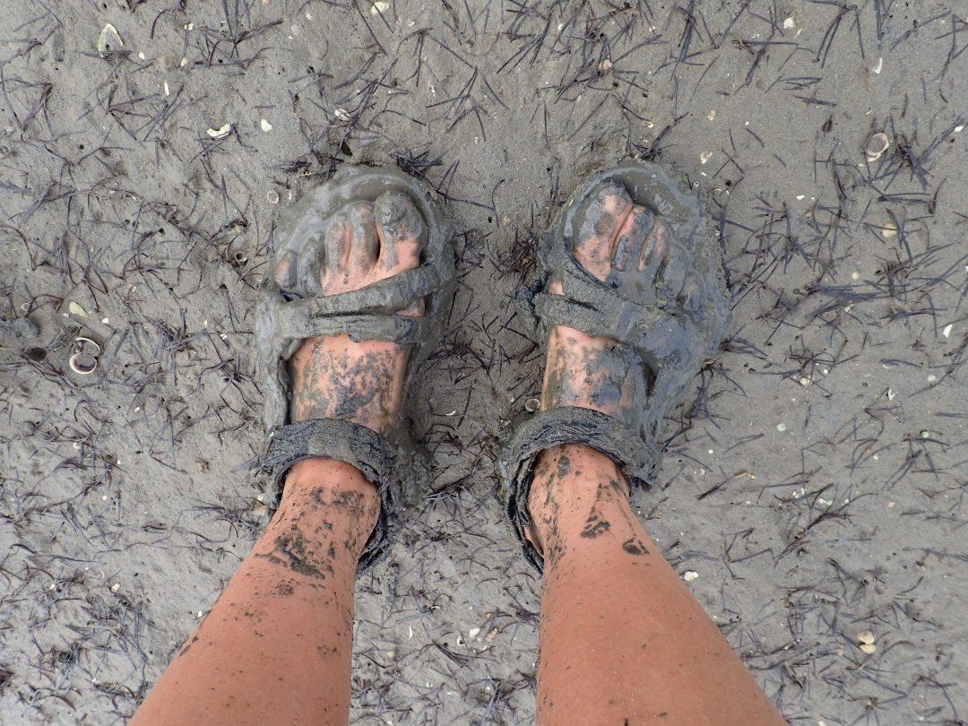 Dagen efter spöregnet - prickade in lågvattnet för att gå på havsbotten. Smutsigt.